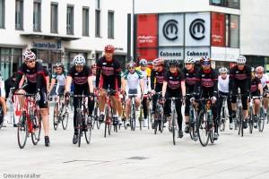 Das Team am Start zum ZKRD Charity-Radrennen